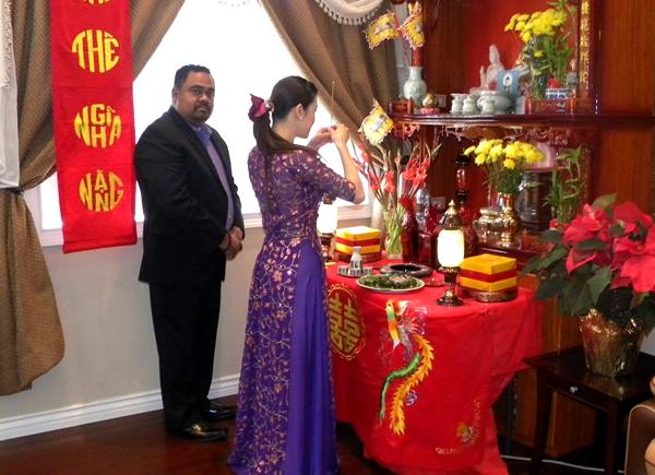 Hướng dẫn cúng Phật trong bàn thờ Phật tại gia