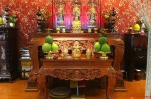 Khi trang trí bàn thờ cần kiêng kị gì để tránh tai họa?