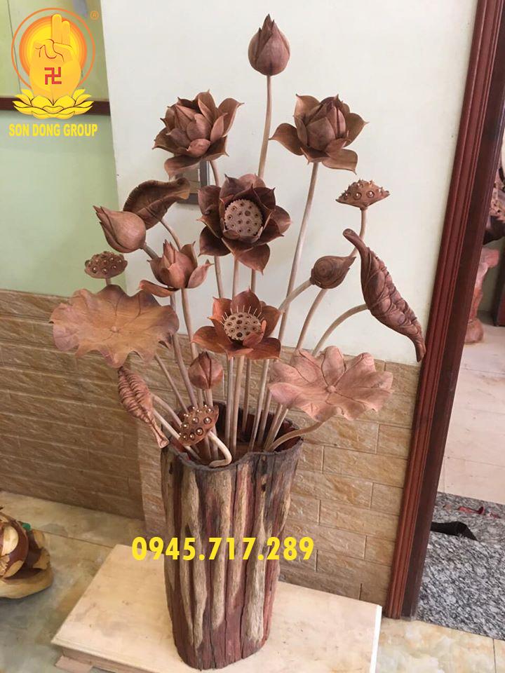bình hoa sen gỗ hương đẹp